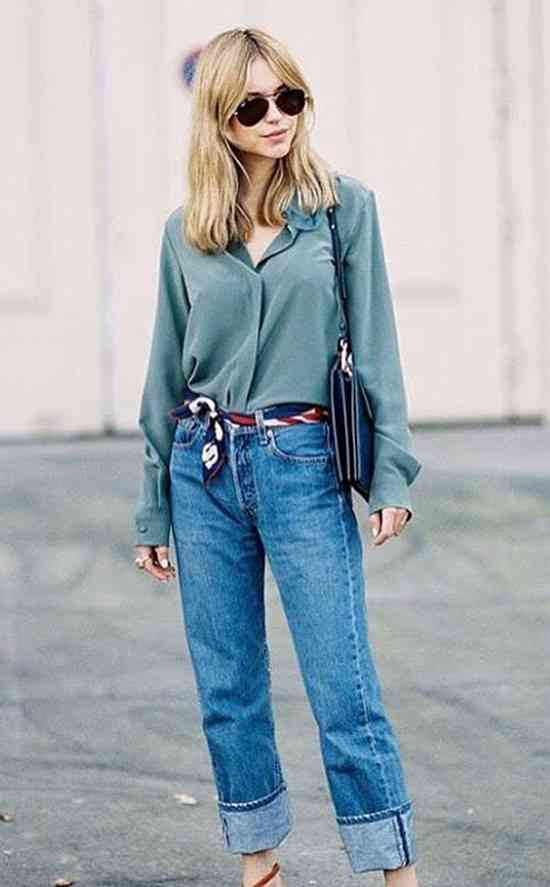90s Outfits: green long sleeve blouse, mom jeans, red, white and blue kerchief, sunglasses, black bag #outfit #women #trendy #fashion