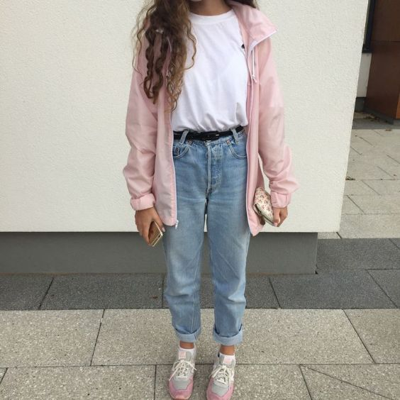 Aesthetic Outfits: pink jacket, white t-shirt, mom jeans, gray and pink sneakers, black belt #outfitideas #pink #longhair #teen