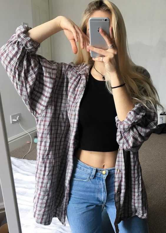Aesthetic Outfits: brown plaid shirt, black halter crop top, skinny jeans, necklace #outfitoftheday #casual #blonde #girl