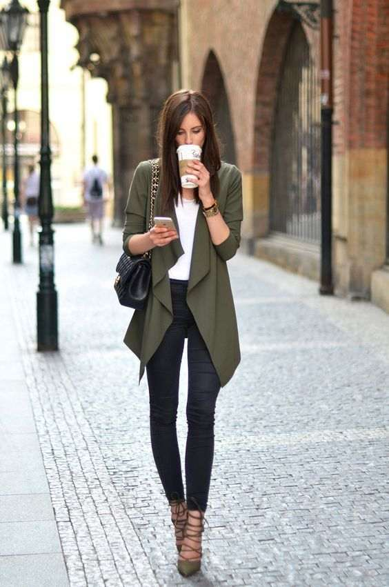 Business Casual Outfit: army green jacket, white top, black skinny jeans, army green lace-up shoes, black bag, bracelet, watch #outfitideas #brunette #girly #fashion