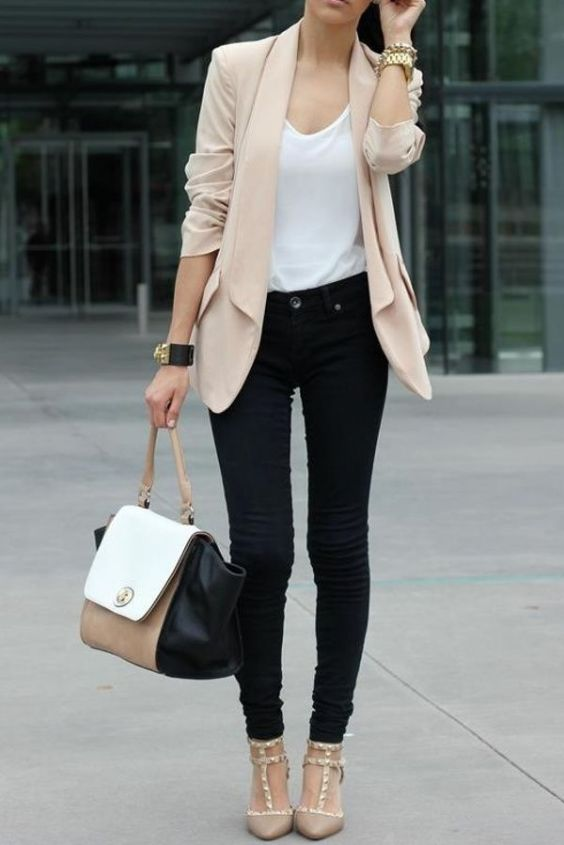 Business Casual Outfit: beige blazer, white top, black skinny jeans, nude heel sandals, black, beige and white handbag, watch, bracelets #outfitideas #cute #trendy #chic