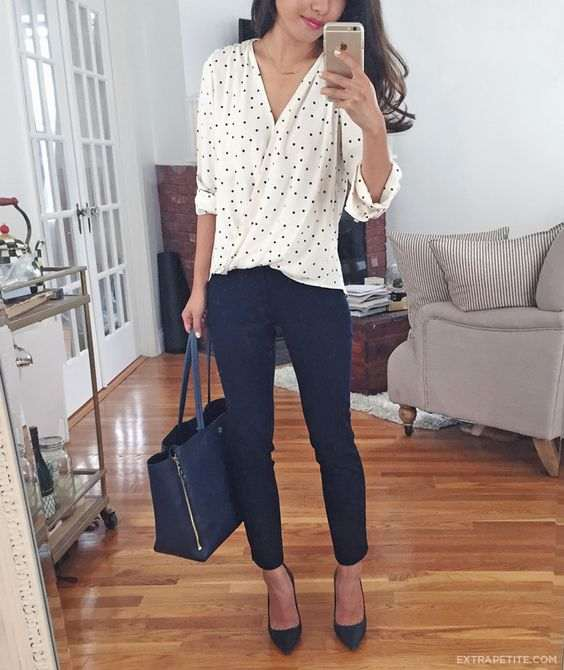 Business Casual Outfit: black and white cross front point print blouse, black capri pants, black scarpin shoes, black handbag #outfitideas #blackandwhite #brunette #chic