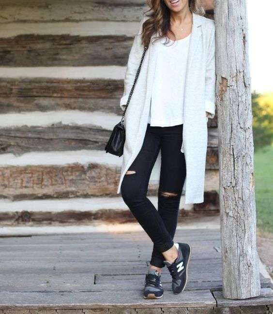 Casual Outfit: white coat, white top, black ripped jeans, black sneakers, black crossbody bag #outfit #brunette #white #trendy