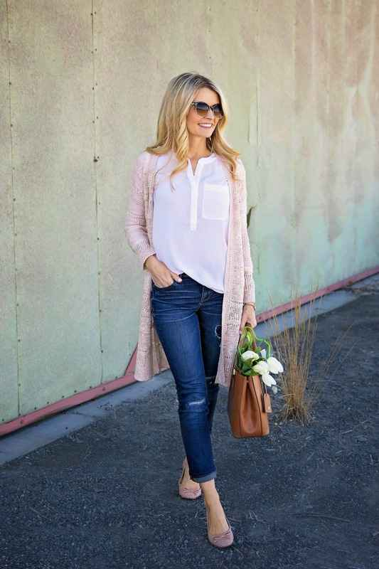 Casual Outfit: white blouse, baby pink cardigan, ripped skinny jeans, nude ballerina flats, camel handbag, sunglasses #outfit #pink #blonde #fashion