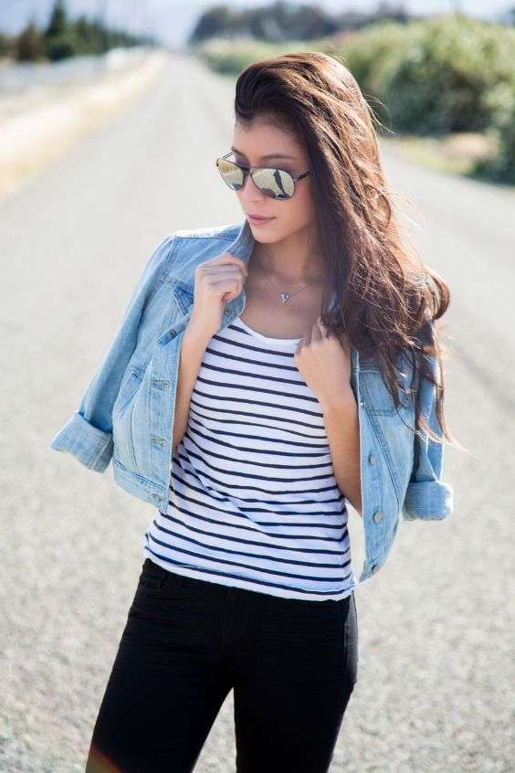 Casual Outfits: black and white striped top, black skinny jeans, denim jacket, sunglasses, necklace #outfit #sun #casual #trendy