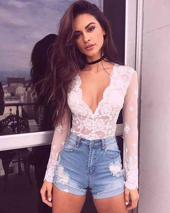 Club Outfit: white lace v-neck top, denim ripped shorts, choker #outfit #longhair #brunette #makeup