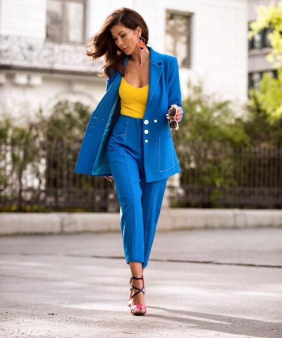 Date Night Outfit: sky blue blazer and pegged pants set, yellow top, black and pink lace-up heel sandals, hoop earrings, sunglasses #outfitideas #brunette #trendy #fashion