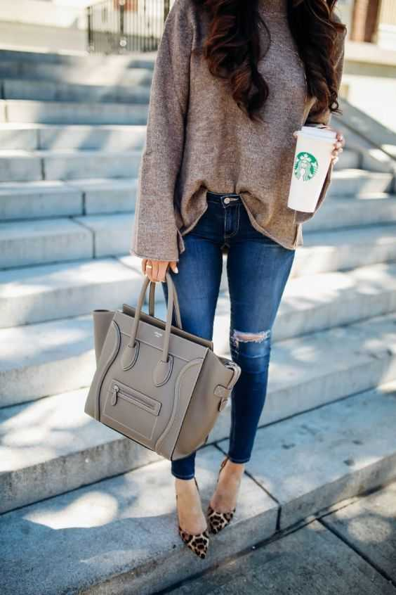 Fall Outfit: light brown sweater, ripped jeans, leopard print ballerina flats, gray handbag #outfitideas #brunette #girl #fashion