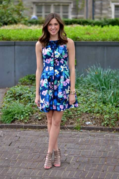 Graduation Outfits: navy blue floral sleeveless dress, brown heel sandals, bracelets #outfit #floral #graduation #girl