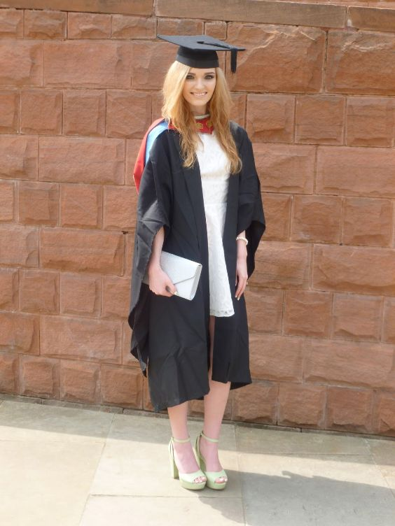 Graduation Outfits: white dress, ligth green peep toe t-strap heels, white purse, red necklace, bracelet #outfit #graduation #makeup #fashion