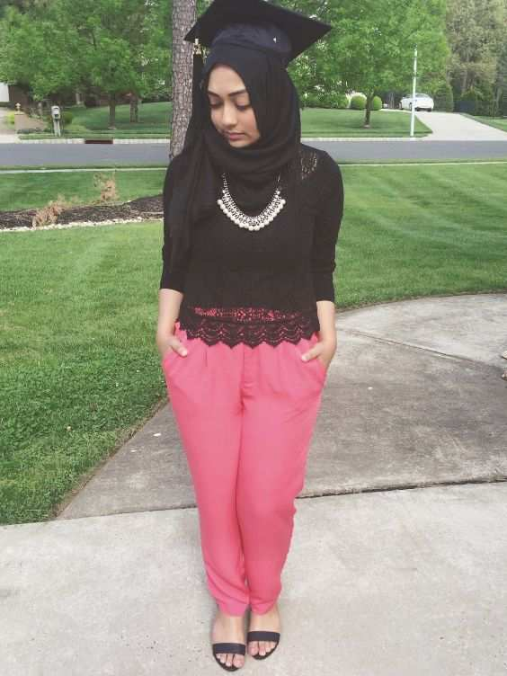 Graduation Outfit: black lace long sleeve top, fuchsia pleat pants, black heel sandals, necklace #outfitideas #graduation #girl #fashion