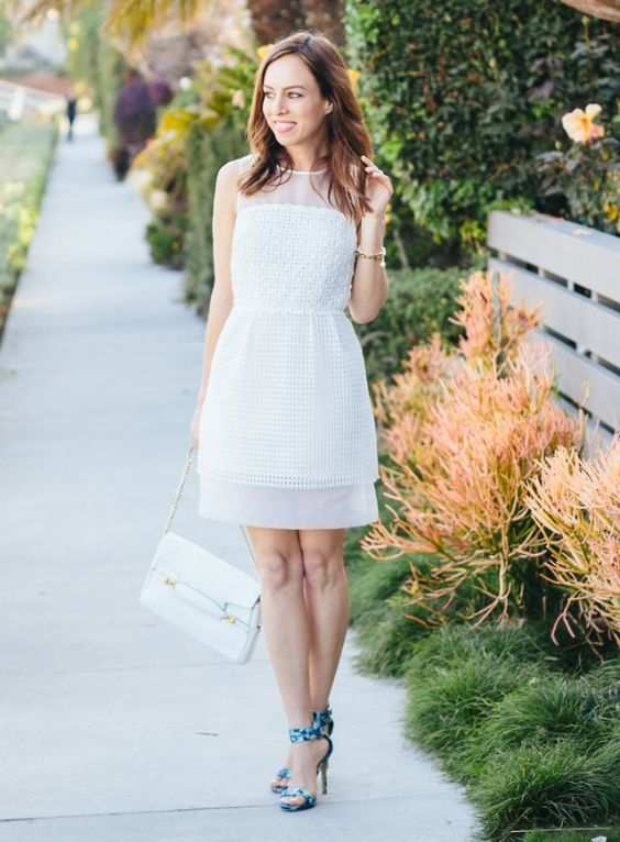 Graduation Outfit: white lace sleeveless dress, blue heel sandals, white purse, bracelet #outfit #trendy #cute #graduation