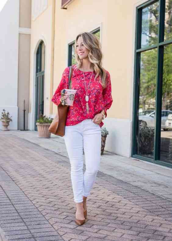 Interview Outfit: red floral long sleeve blouse, white skinny pants, camel pump shoes, camel handbag, necklace, watch #outfitoftheday #blonde #smile #fashion