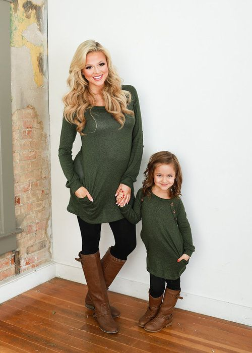 Mommy And Me Outfit: army green long sleeve blouse, black leggins, brown boots #outfitideas #blonde #mommy #cute