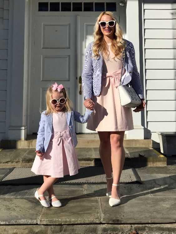 Mommy And Me Outfit: light blue blazer, pink lace front dress, white ankle strap shoes, sunglasses, white bag #outfit #pink #babygirl #blonde