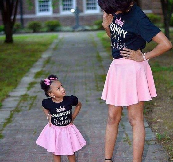 Mommy And Me Outfits: navy blue t-shirt, pink circle skirt, bracelets #outfit #pink #babygirl #cute