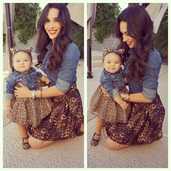Mommy And Me Outfit: denim shirt, leopard print circle skirt, black shoes #outfitideas #animalprint #cute #babygirl
