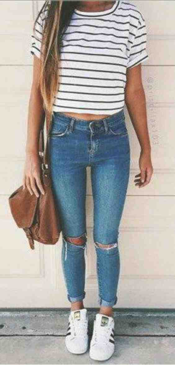 Outfits for school: black and white striped short sleeve top, ripped jeans, white sneakers, brown bag #outfit #longhair #girl #school