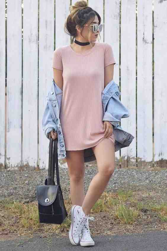 Outfits for school: pink short sleeve dress, denim jacket, white sneakers, choker, black bag, sunglasses #outfit #pink #teen #trendy