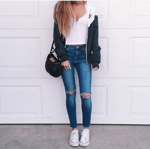 Outfits for school: black and white jacket, white top, ripped jeans, white sneakers, black bag #outfitideas #longhair #trendy #teen