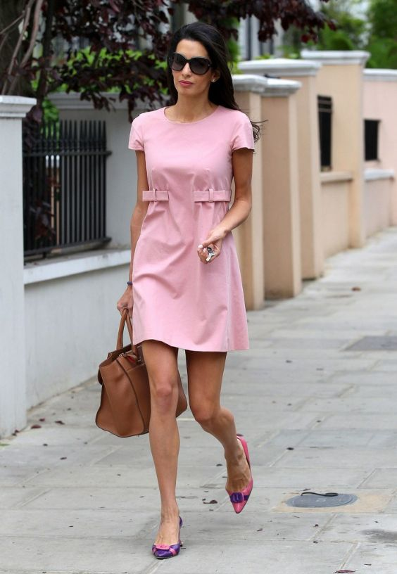 Pink Outfit: pink shirt sleeve dress, purple and hot pink pump shoes, sunglasses, camel handbag, pearl earrings, bracelet #outfitideas #pink #brunette #chic