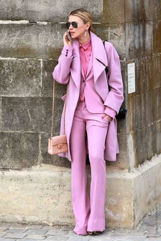 Pink Outfit: taffy pink coat, jacket and bootent pants set, watermelon pink shirt, blush pink mini bag, sunglasses, earrings #outfit #pink #blonde #fashion