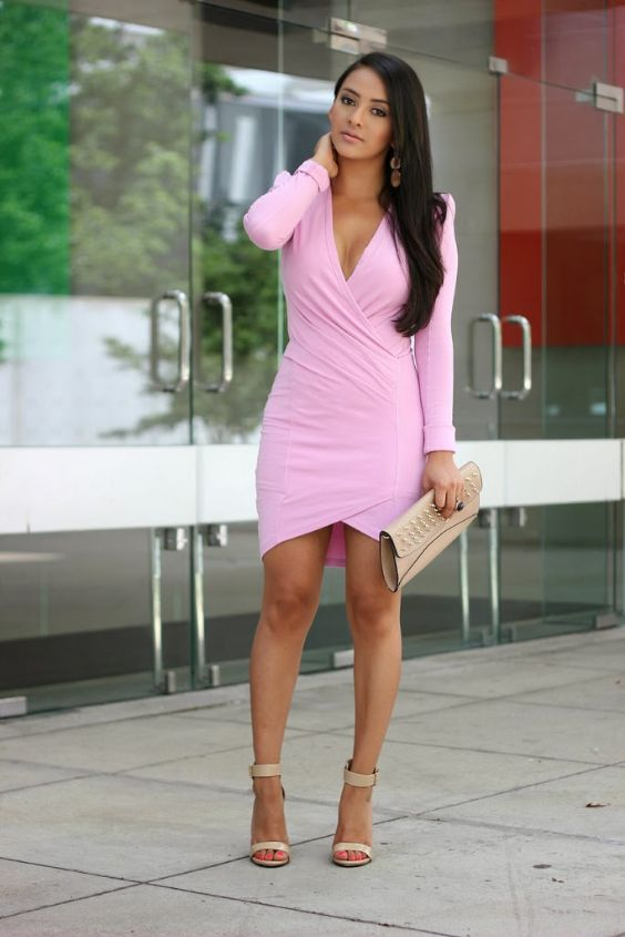 Pink Outfit: pink cross front long sleeve dress, nude ankle strap heel sandals, beige purse, earrings #outfitideas #brunette #longhair #pink