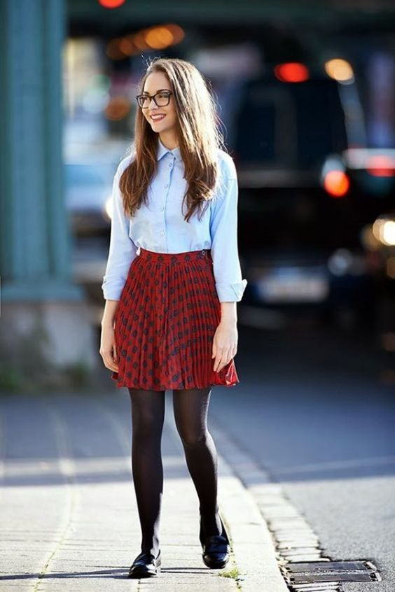 Preppy Outfits: light blue shirt, black and white pleat skirt, black tights, black moccasins shoes #outfitideas #smile #glasses #girl