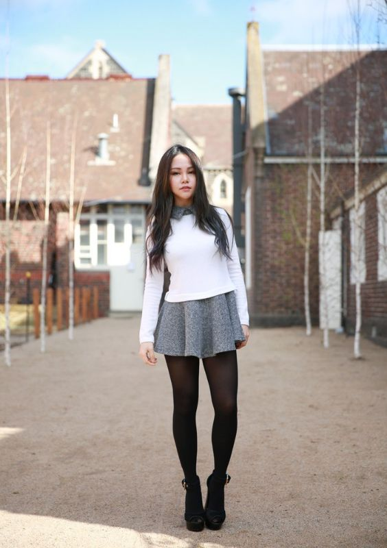 Preppy Outfit: white sweater, gray circle skirt, black tights, black booties, gray shirt #outfitideas #longhair #girl #cute