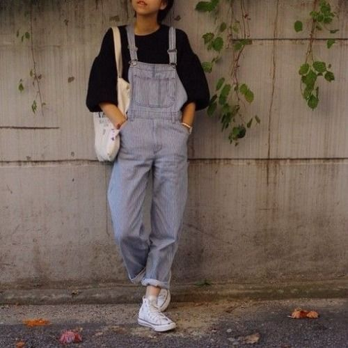 Punk Outfit: denim overall, black sweater, white sneakers, white bag, bracelet #outfitideas #girl #teen #casual