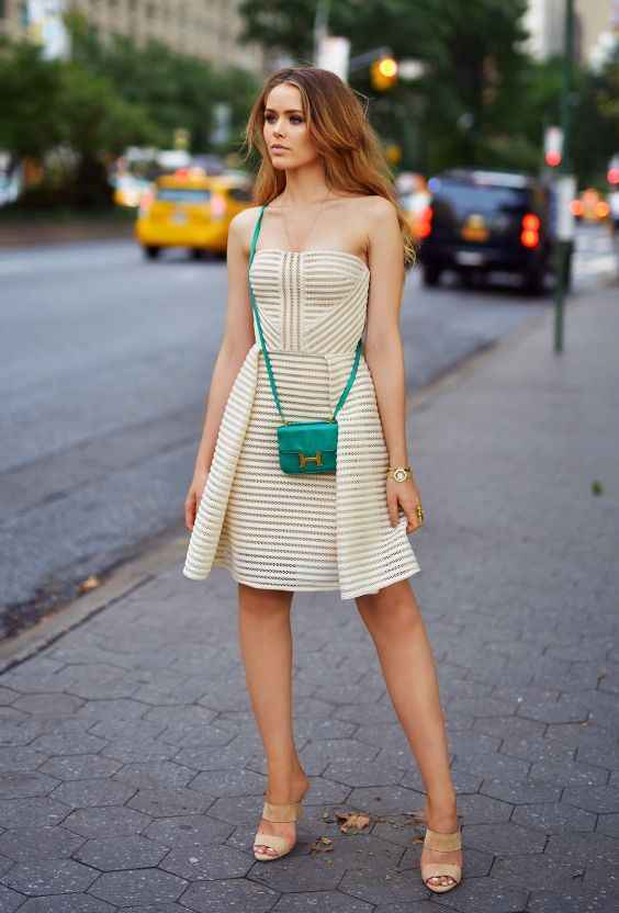 Sexy Outfit: beige striped strapless dress, green crossbody mini bag, nude heels, bracelet #outfitideas #fashion #trendy #women