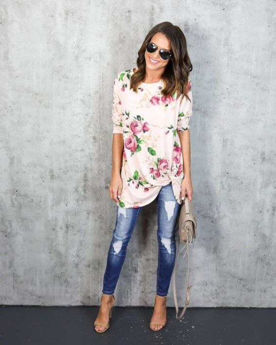 Spring Outfit: white floral half sleeve shirt, ripped skinny jeans, nude high heel sandals, beige handbag, sunglasses #outfitideas #smile #floral #pink