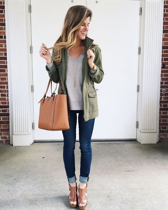 Spring Outfits: army green jacket, gray v-neck sweater, skinny jeans, camel ankle boots, camel handbag, watch #outfitoftheday #blonde #smile #dailylook