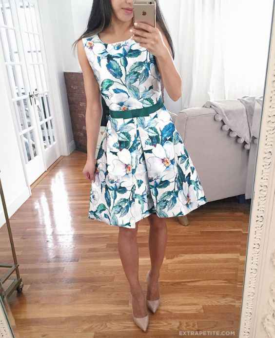 Spring Outfit: white floral dress, nude pump heels, green belt #outfit #floral #springoutfit #girl