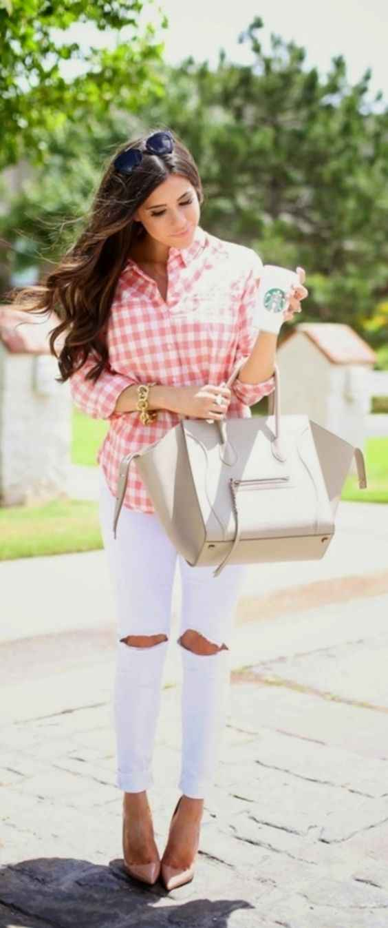 Spring Outfit: pink and white checked blouse, white ripped jeans, beige handbag, bracelet, sunglasses, nude heels #outfitideas #trendy #girly #longhair