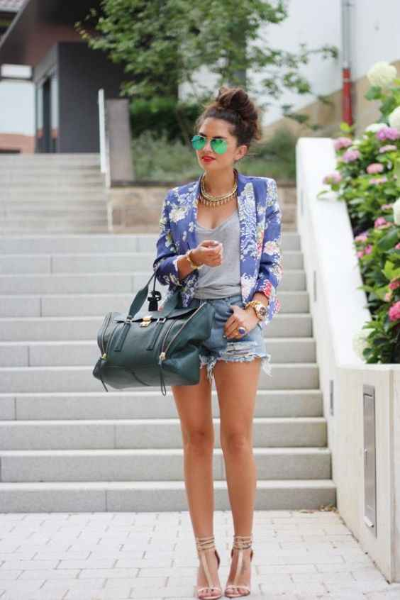 Spring Outfit: blue floral blazer, gray top, denim ripped shorts, dark green handbag, nude high heel sandals, necklace, sunglasses, watch #outfitideas #floral #girly #hairstyle