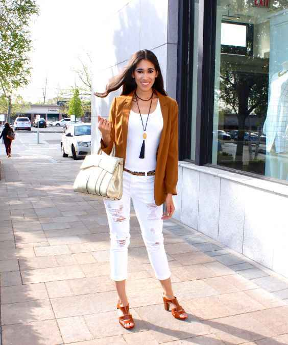 Spring Outfit: white top, white ripped jeans, camel blazer, brown belt, beige handbag, long necklace, camel heel sandals #outfitideas #brunette #trendy #smile