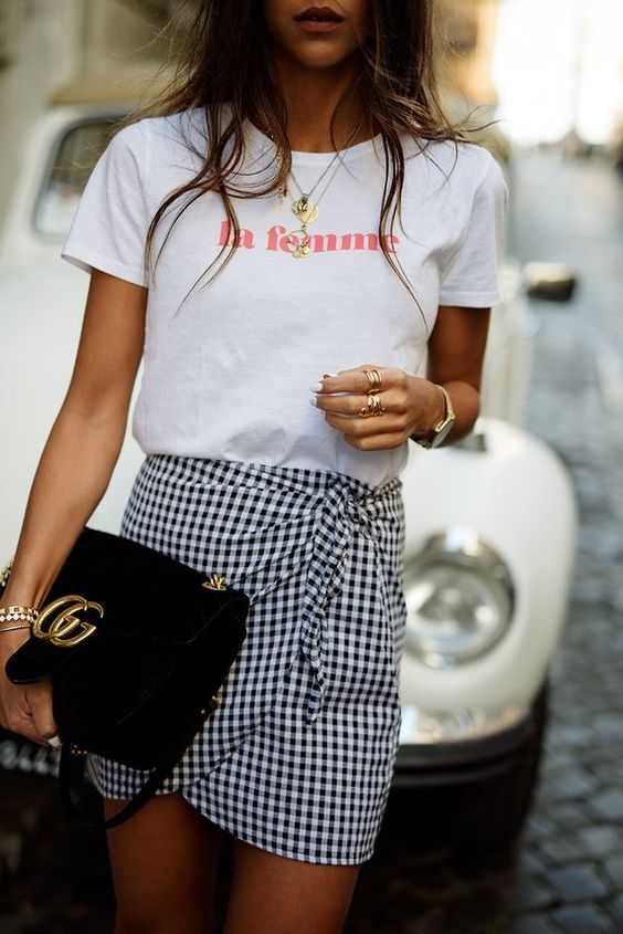 Summer Outfits: white shirt, checked mini skirt, black purse, bracelets, watch, necklace #outfitideas #girl #summer #trendy