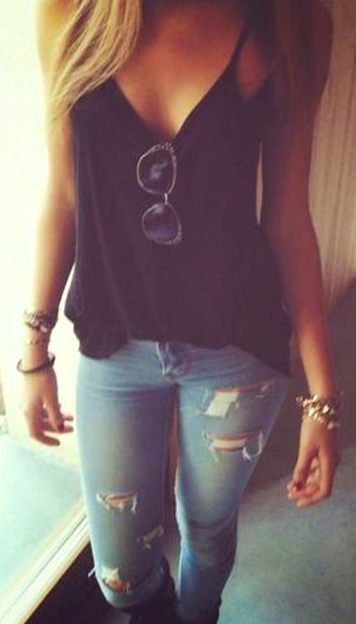 Summer Outfit: black V-neck spaghetti strap top, ripped jeans, sunlasses, bracelets #outfitoftheday #casual #cute #look