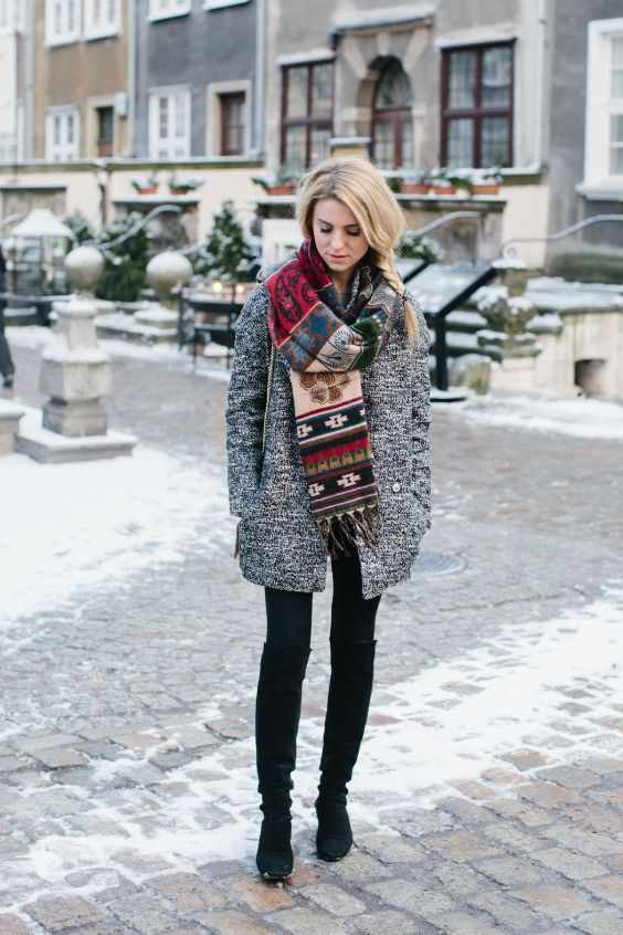 Winter Outfits: gray coat, colorful scarve, black skinny jeans, black booties #outfitideas #braidhair #snow #trendy