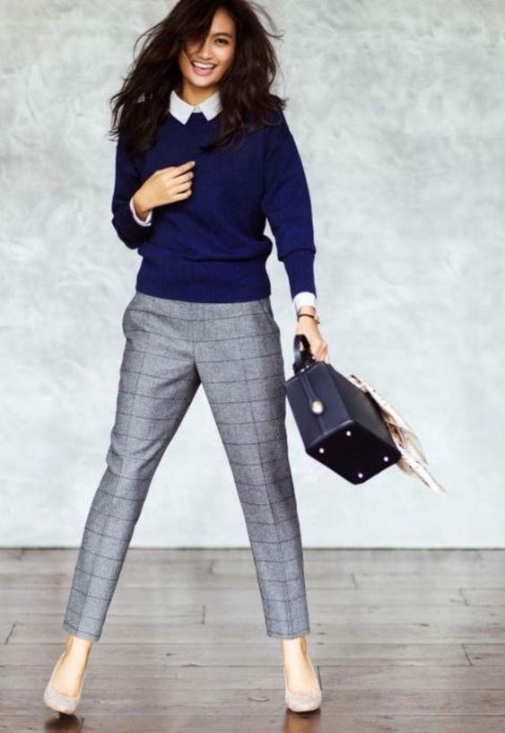 Work Outfits: collared shirt with navy blue sweater, gray checked pants, nude heels, black square tote bag #outfitideas #blue #smile #dailylook