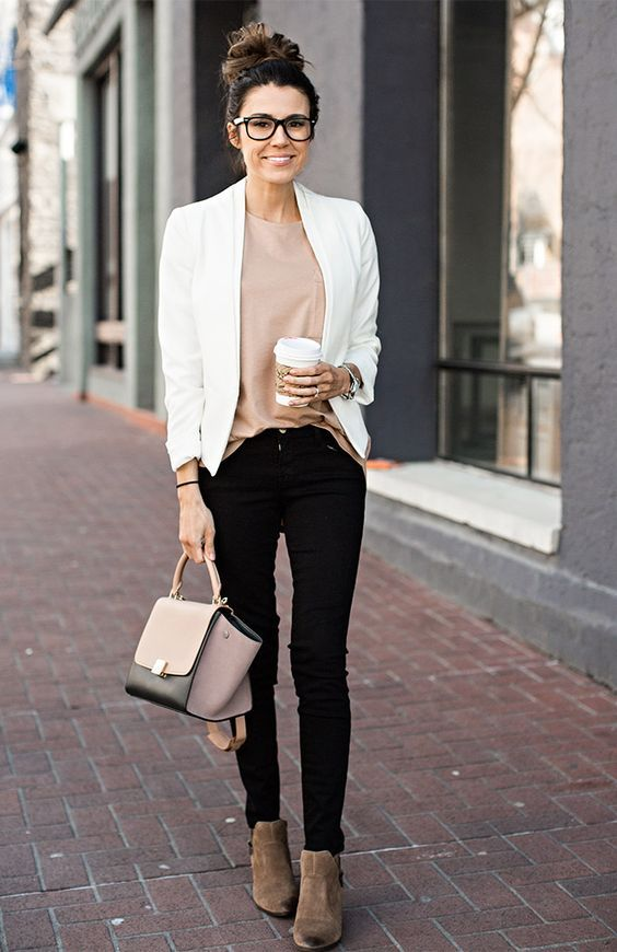 Work Outfit: white blazer, pink top, black skinny pants, light brown booties, black and pink handbag #outfit #white #hair #smile