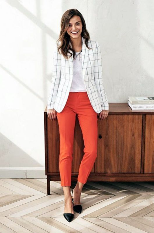 Work Outfit: white checked blazer, white top, orange skinny pants, necklace, black flats #outfit #hairstyle #smile #fashion